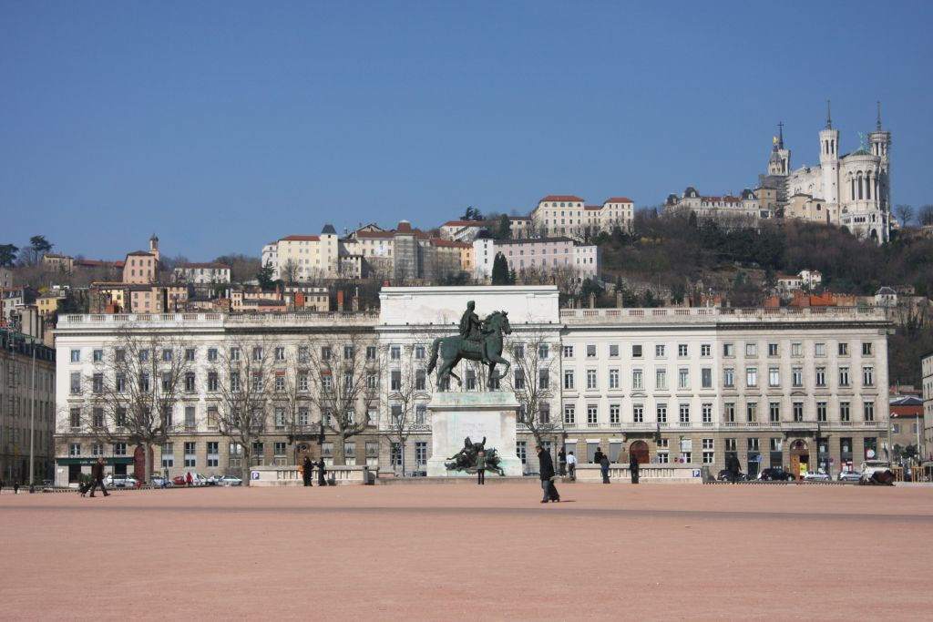 Bellecour Lyon Camping